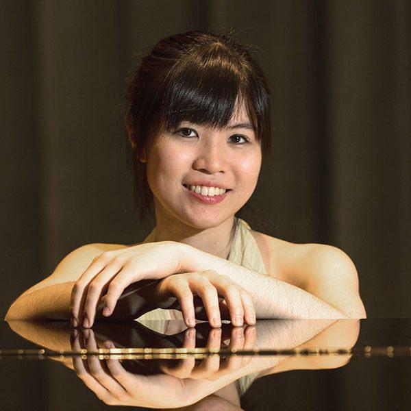 Mika Sasaki   Piano   Clara Shumann